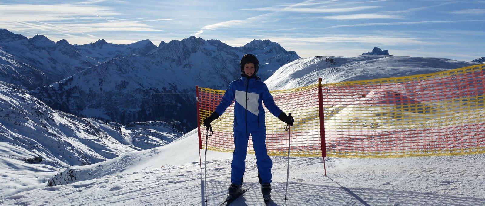skifahren-deutschland-skikurse-alpen-berge-skiausflug